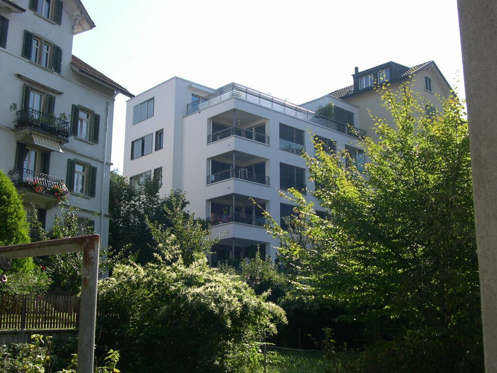 Mehrfamilienhaus Sprensenbühlstrasse 18, Zürich